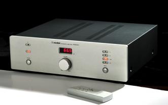 XINDAK XA6900(12) AMPLIFICATORE IBRIDO 2 X 100 WATT